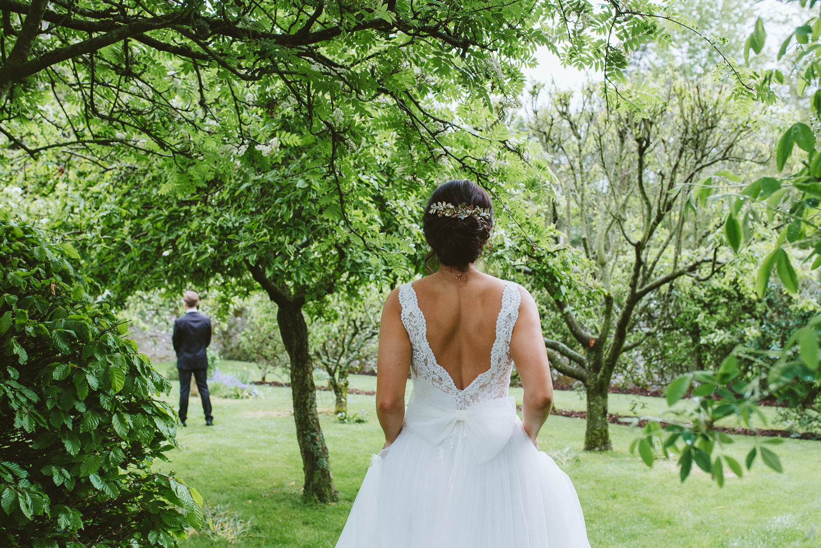 Why have a second shooter at a wedding? Capture first look from two angles.